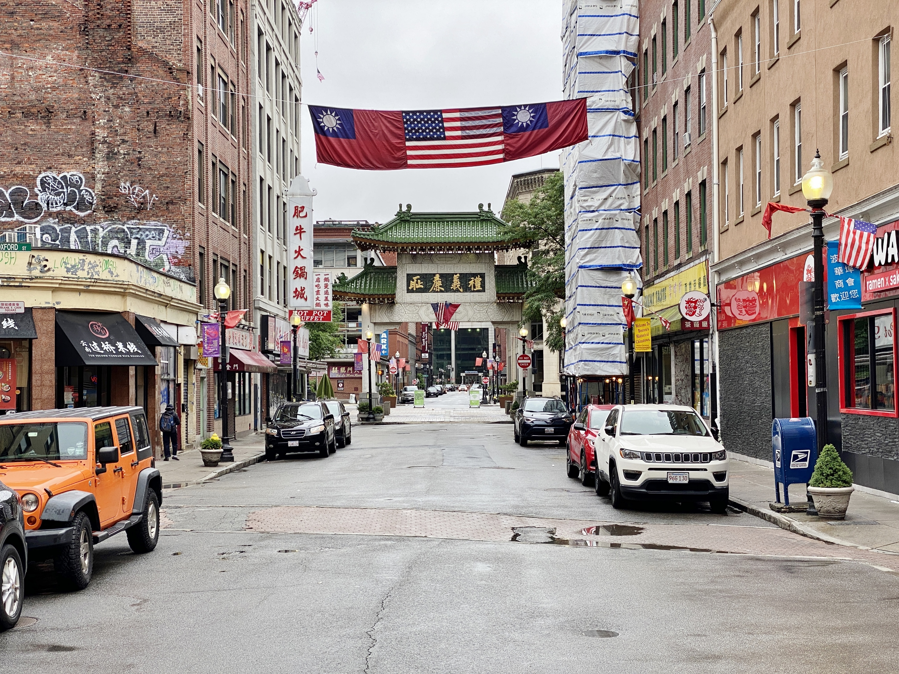 Walking around Chinatown early in the morning before everyone wakes up :)