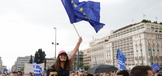 Lots-of-EU-flags-were-used-during-the-yes-protest.-People-were-generally-happy-and-smiling