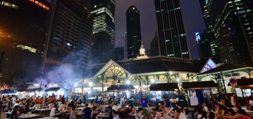 Major-hawker-area-in-downtown-Singapore.-All-the-smoke-is-coming-from-the-satay-makers