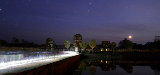 Angkor-Wat-near-sunrise.-The-lights-are-from-all-the-people-streaming-in